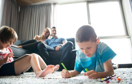 Foto van een gezin met kinderen